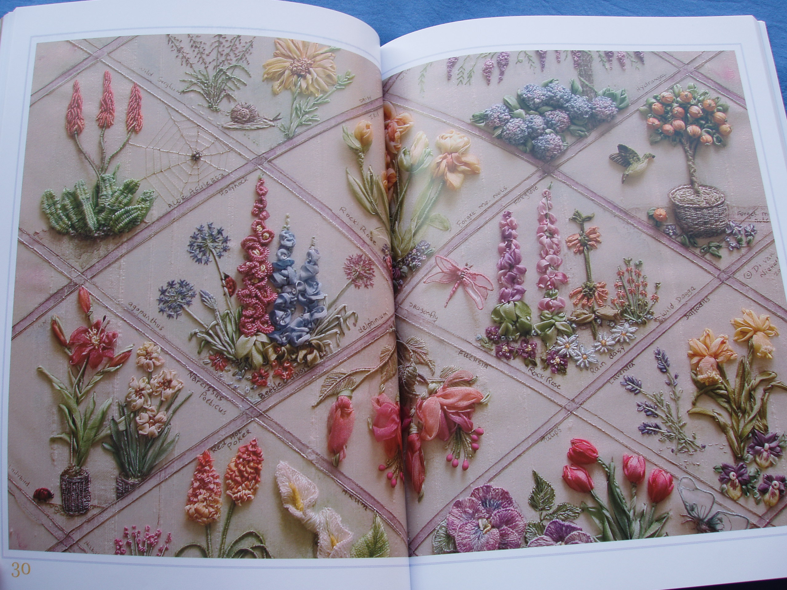 Flowers and gardens embroidery worksofhands´ library